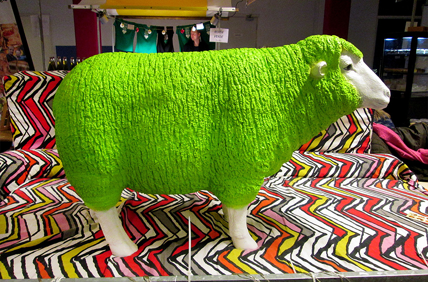 Vegan Christmas Market 2015 green sheep