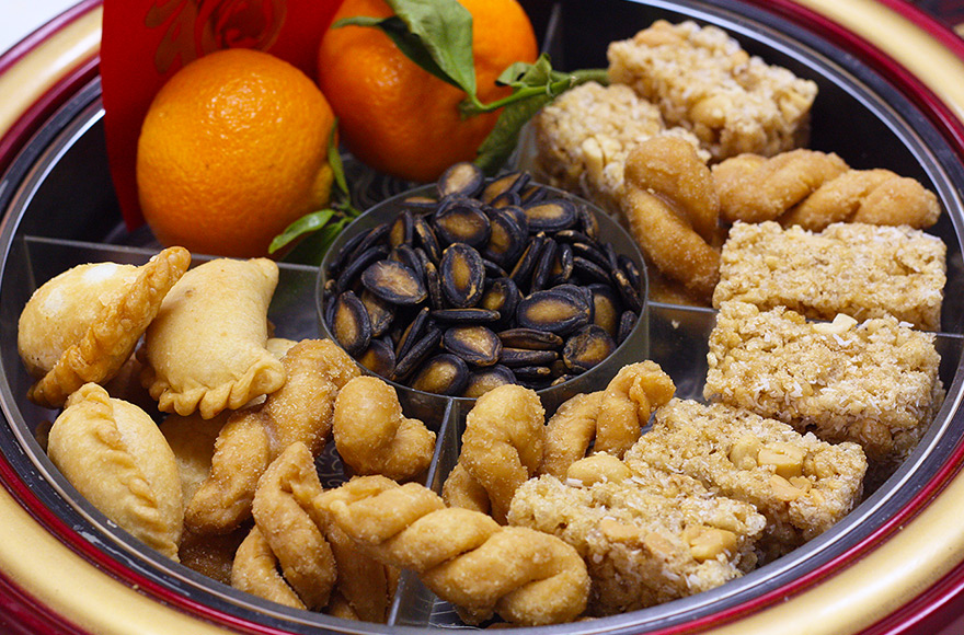 vegan chinese new year snacks