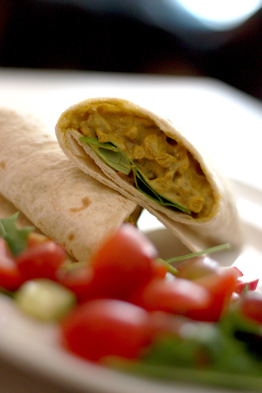 Daantje vegan lunchroom vegan funky chicken wrap