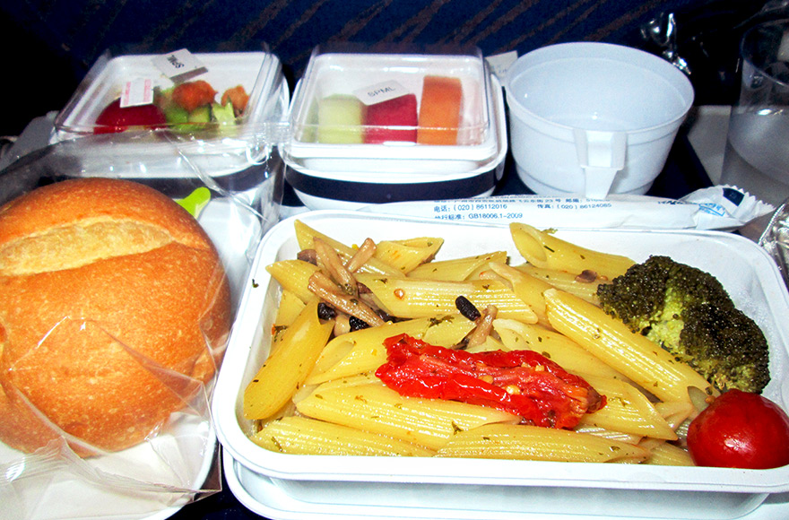 vegan and vegetarian inflight meals china southern airlines VGML